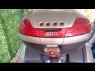 top case GIVI V46 gris clair 1559295647-img-20190531-112821-2