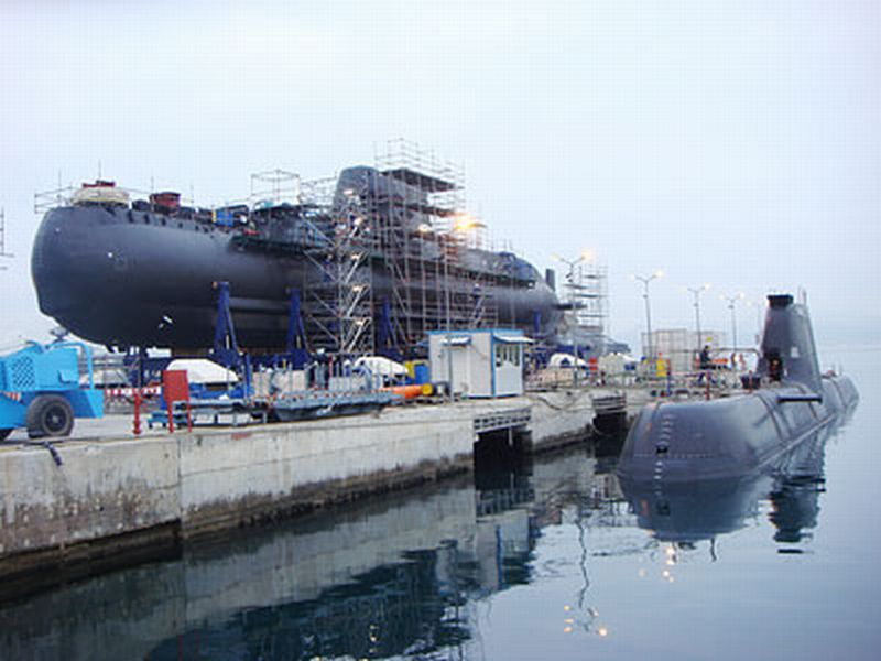 SOUS MARINS D'ATTAQUE TYPE 214 118887Pipinos_et_Katsonis