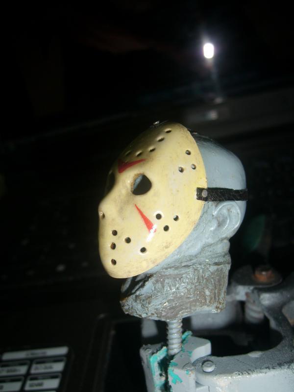 Jason va en enfer - Page 2 132050SL270299