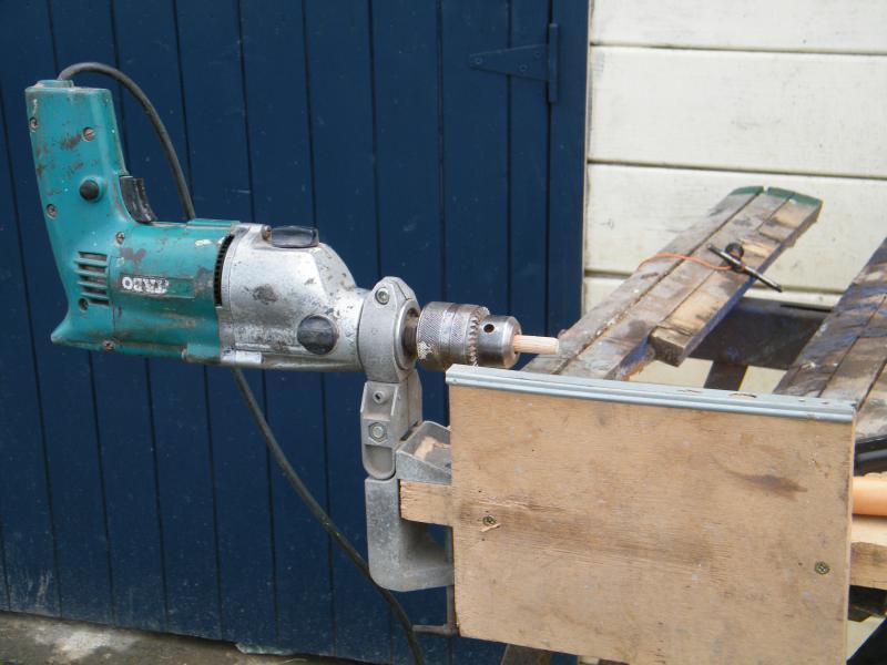 Comment usiner des mats pour les rendre coniques ou tourner des pièces en bois ou en métal 1408102010_0527maison_janvier_20100001