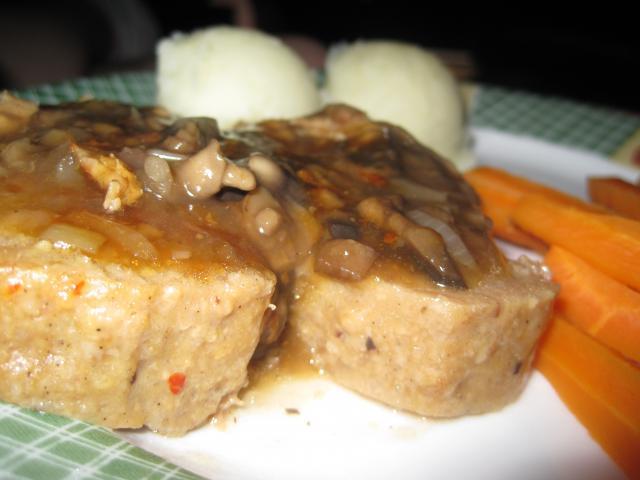 Sauce aux champignons 14193422_juin_2010_001