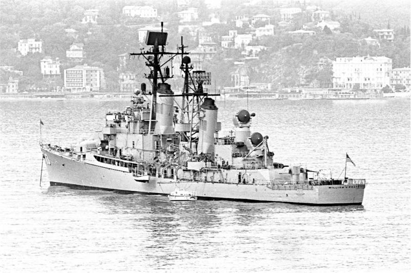 DESTROYERS LANCE-MISSILES CLASSE FARRAGUT 164290USS_William_V._Pratt_Rapallo_mai_1969