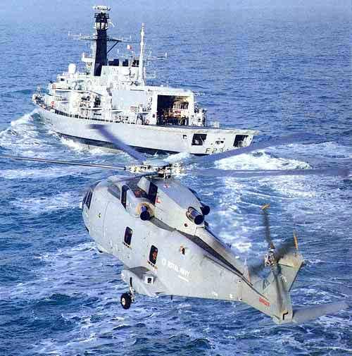 AGUSTA-WESTLAND AW-101 MERLIN 185466Merlin_en_vol_HMS_Iron_Duke