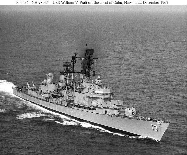 DESTROYERS LANCE-MISSILES CLASSE FARRAGUT 261967USS_William_V._Pratt_decembre_1967