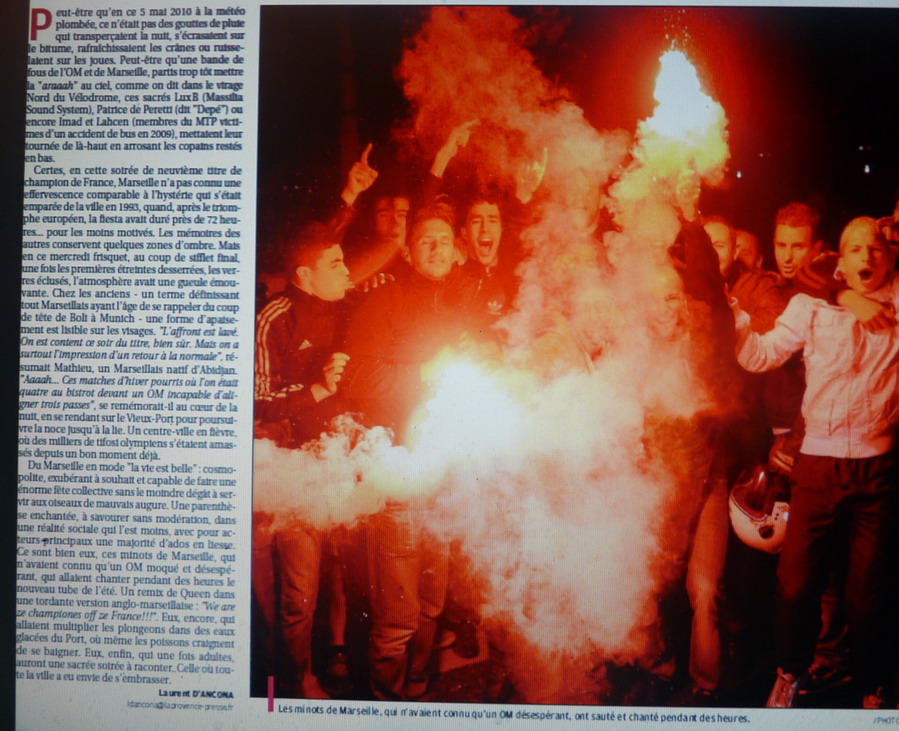 """LA CAVERNE DES TROPHEES DE L""""OM - Page 2 325531P1080555"""