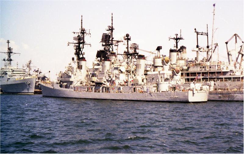 DESTROYERS LANCE-MISSILES CLASSE CHARLES F. ADAMS 355346USSBerkeleyDDG15SanDiego1978