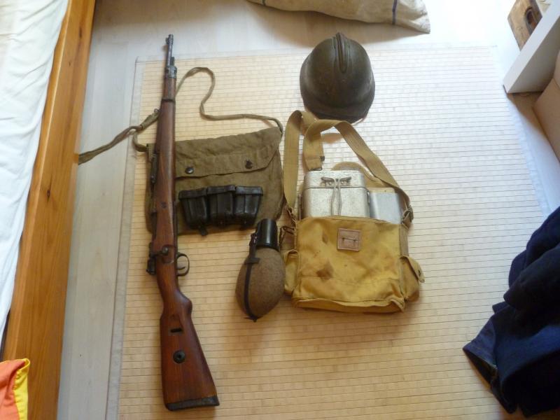 Officier Français à Monte Cassino 44 avec un pow luftwaffe - Page 2 379582P1010100