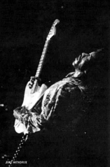 Phoenix (Memorial Coliseum) : 4 septembre 1968  384912esquier.cordes