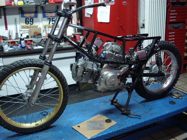 Ducati - Trackers - Page 2 395277Sideburn_German_Ducati__3