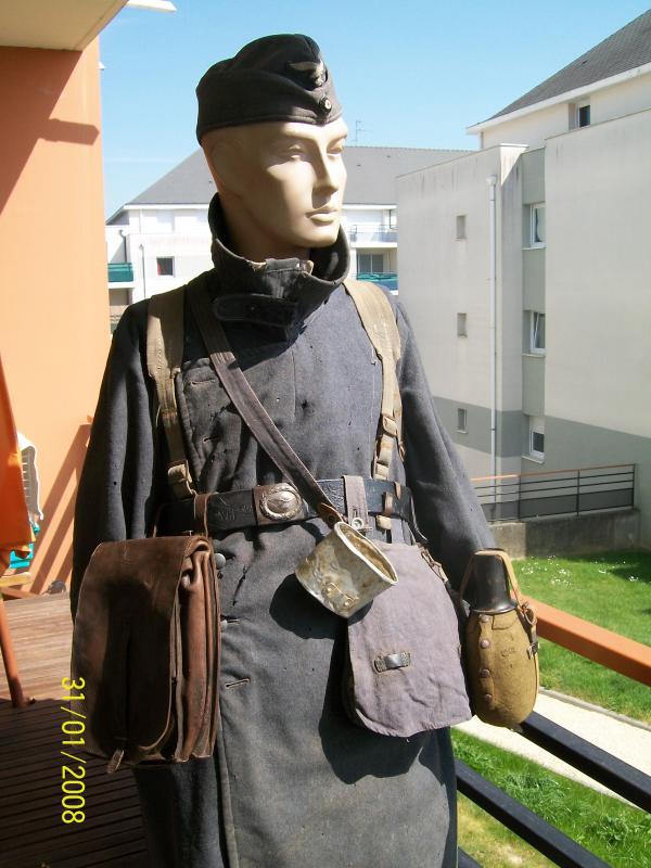 Officier Français à Monte Cassino 44 avec un pow luftwaffe - Page 2 4108471001945