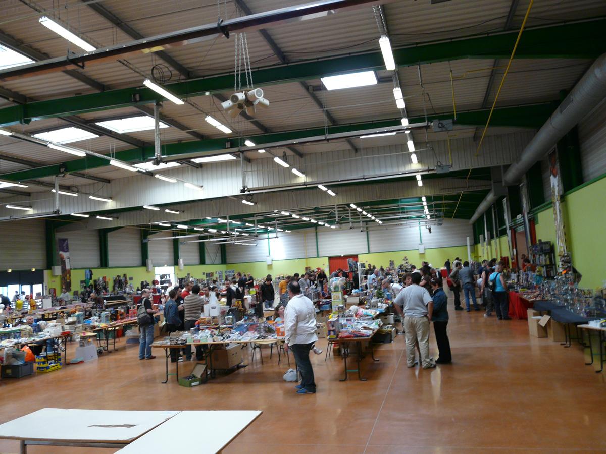 Conventions en France et Belgique: Qui sera de la partie - Japan Expo / ComicCon Paris / Paris Comics Expo / Paris Manga / Cartoonist / etc. - Page 3 417728P1010991_copie