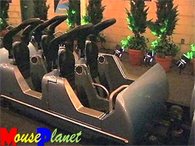 Rockin Roller Coaster starring Aerosmith 418976rock_n_roller_coaster_320_01_buiter