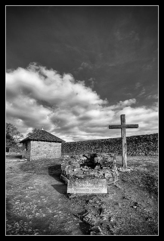 Oradour-sur-Glane 428434HDR62nB800
