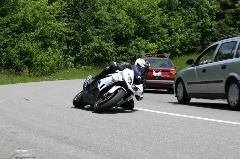 Ma zx6r 2010 (blanche) 442675IMG_9240