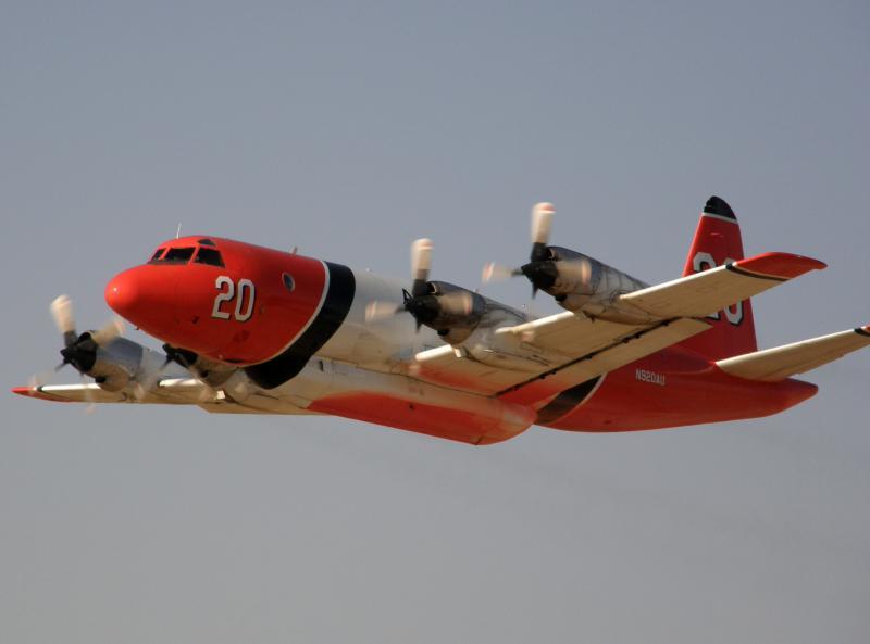 LOCKEED P-3 ORION 462272LockeedP3AOrionbombardierdeau