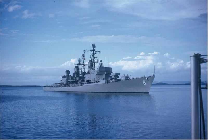 DESTROYERS LANCE-MISSILES CLASSE FARRAGUT 493270USS_Macdonough_Guantanamo_1962_64