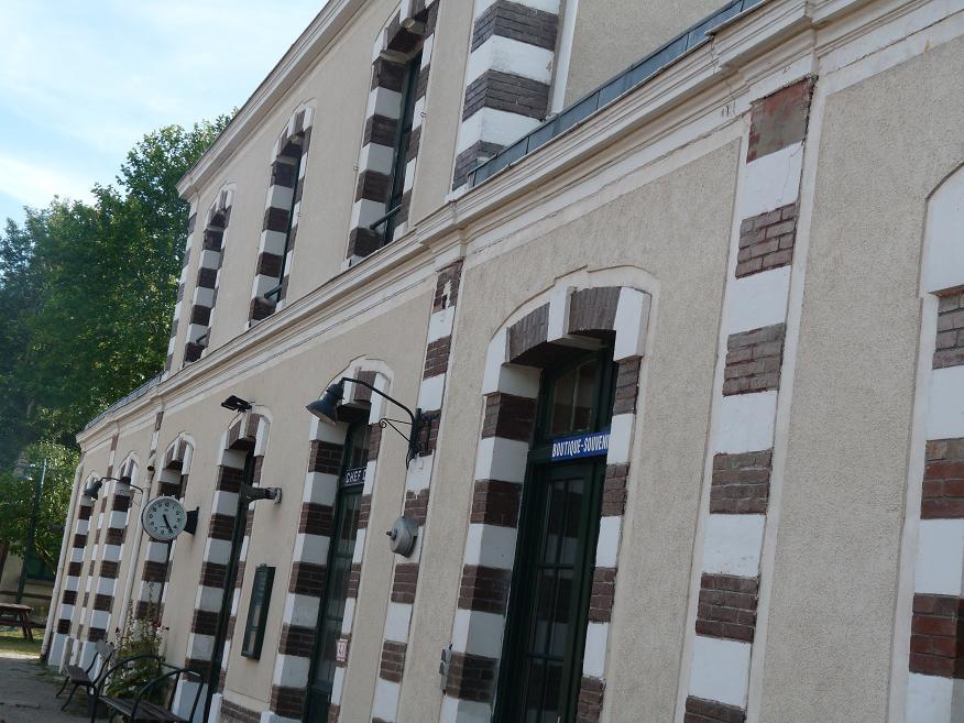 PACY SUR EURE: LE PARIS NORMAND AU COEUR SI TENDRE  - Page 2 498258P1110024