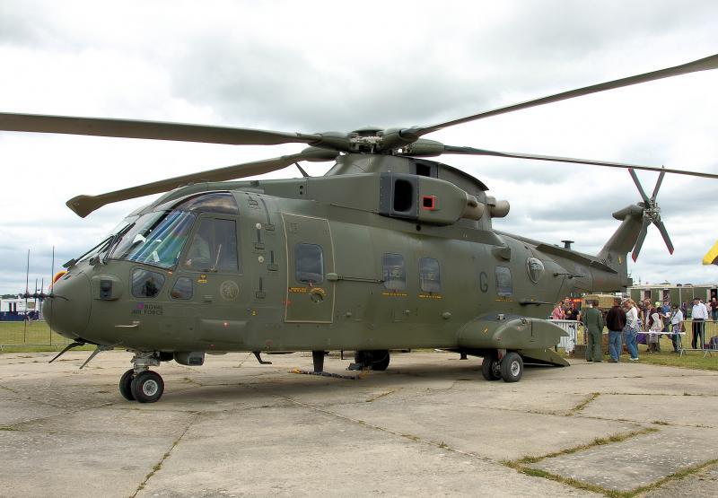 AGUSTA-WESTLAND AW-101 MERLIN 509325Merlin_HC_Mk3_RAF