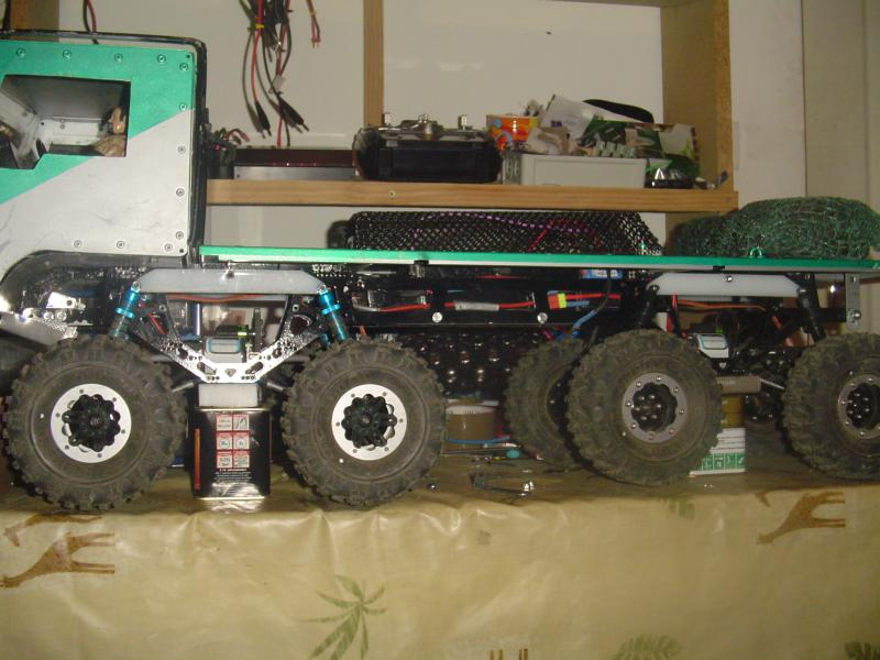 Truck trial axial 8x8 (Version 2 p3) 565185DSC07796