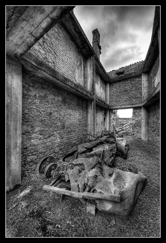 Oradour-sur-Glane 578945HDR51NB800