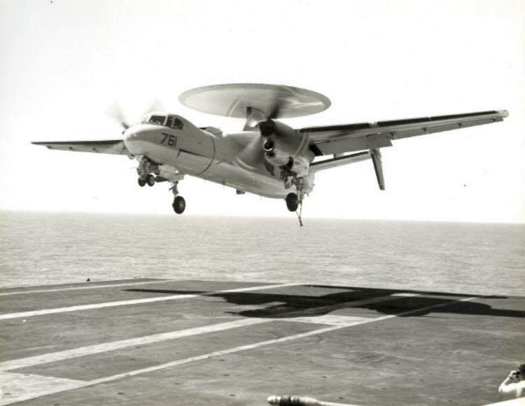 GRUMMAN E-2 HAWKEYE  599141Grumman_Hawkeye_4