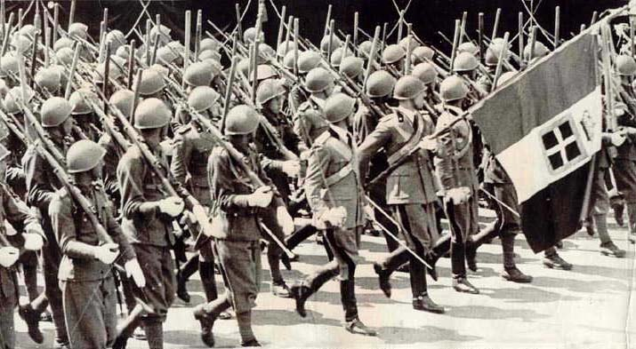 Défilé soldat Italien. 643561italiantroops3