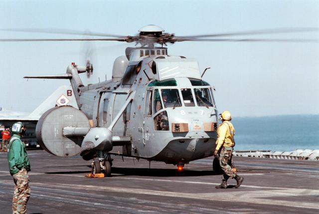 SIKORSKY S-61 SEA KING 726445SeaKing_AEW_849Sqn_CVN_73_1998