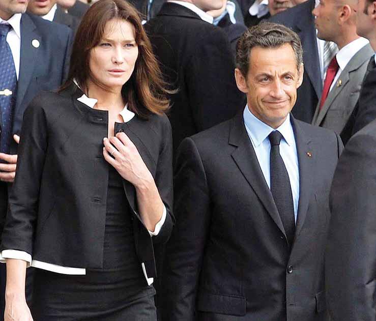 «كارلا.. حياة سرية» كتاب يثير جدلا في فرنسا (عارضة الأزياء توقع الرئيس)   730976Pictures_2010_09_17_15e6817f_3153_4108_bd13_5e21b46bf670
