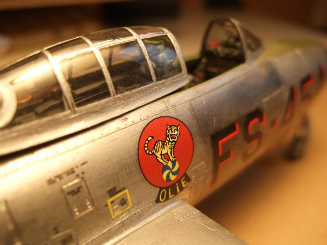 Thunderjet F84G au 1/48° 745753F84G_011