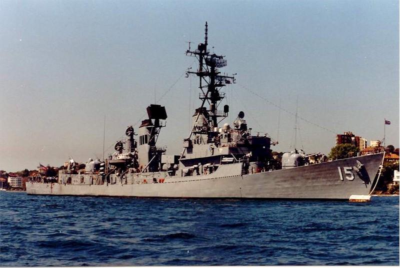 DESTROYERS LANCE-MISSILES CLASSE CHARLES F. ADAMS 746984USSBerkeleyDDG15Sydney1988