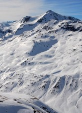 La montagne escarpée