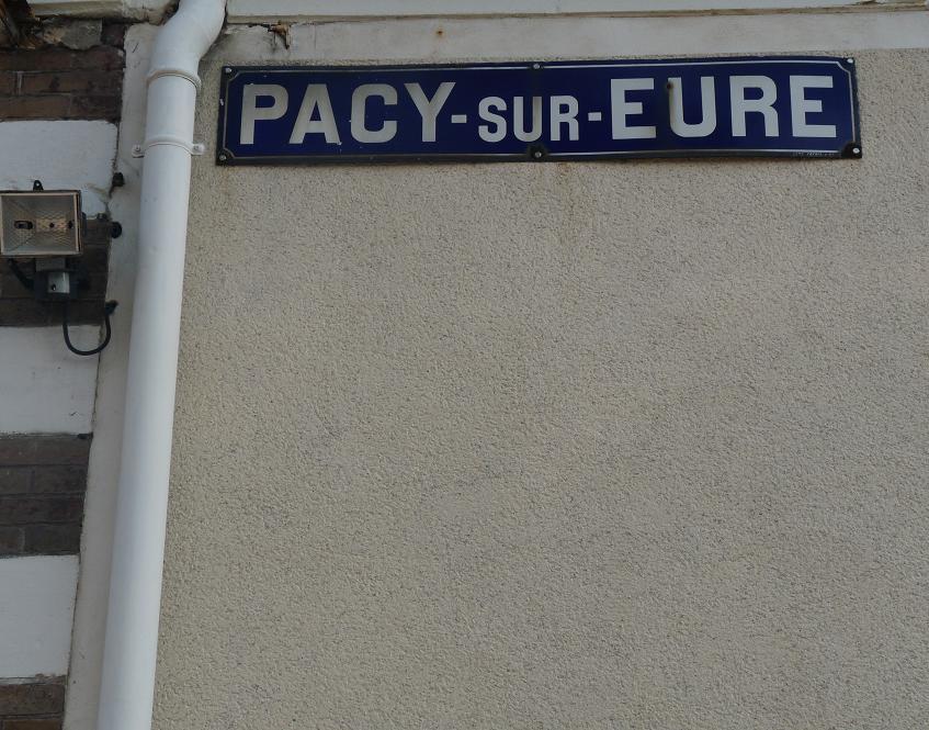 PACY SUR EURE: LE PARIS NORMAND AU COEUR SI TENDRE  - Page 2 775797P1110023