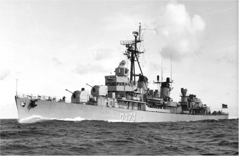 DESTROYERS LANCE-MISSILES CLASSE CHARLES F. ADAMS - Page 2 785574Z2