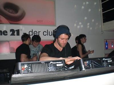 DJ au Creme 21, Heilbronn 23/01/2010 79402120464_266882171683_731751683_3272059_4471539_n