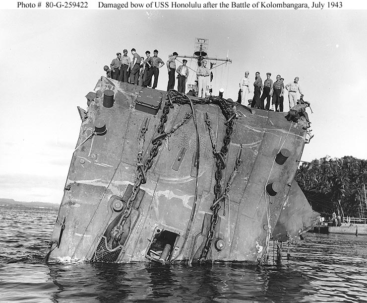 USN CROISEURS LEGERS CLASSE BROOKLYN 809649USS_Honolulu_juillet_1943