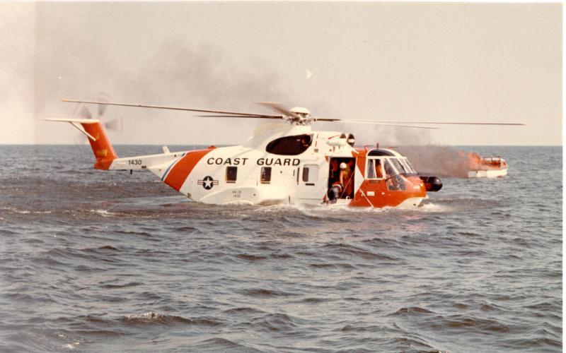 SIKORSKY S-61 SEA KING 81404HH_3F_Pelican_2