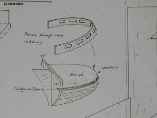 S.S Normandie  échelle 1/160 - Page 2 906217BULBE_MODELE