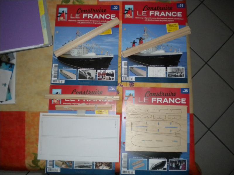 """LE FRANCE  échelle 1/250      Amati/Hachette"""" - Page 3 907686DSCN1971"""