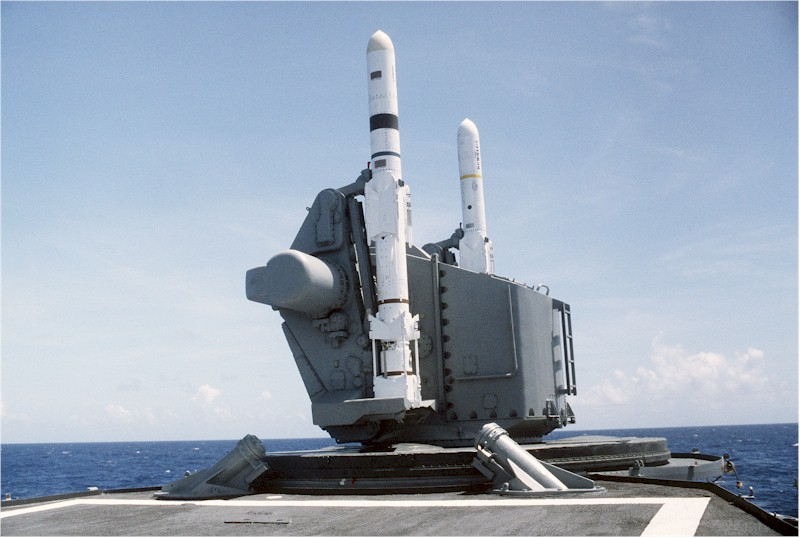 DESTROYERS LANCE-MISSILES CLASSE CHARLES F. ADAMS - Page 2 935460USSLawrencelancementHarpoon