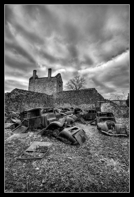 Oradour-sur-Glane 939237HDR42NB800