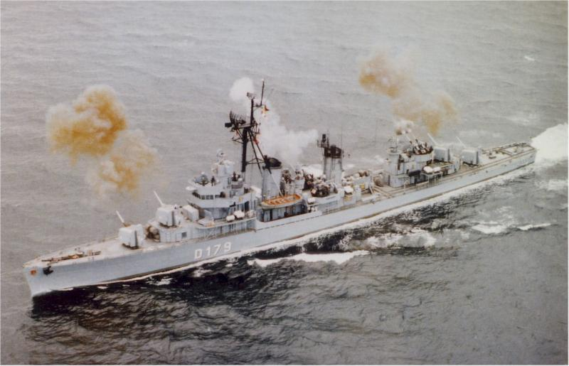 DESTROYERS LANCE-MISSILES CLASSE CHARLES F. ADAMS - Page 2 977684Z5