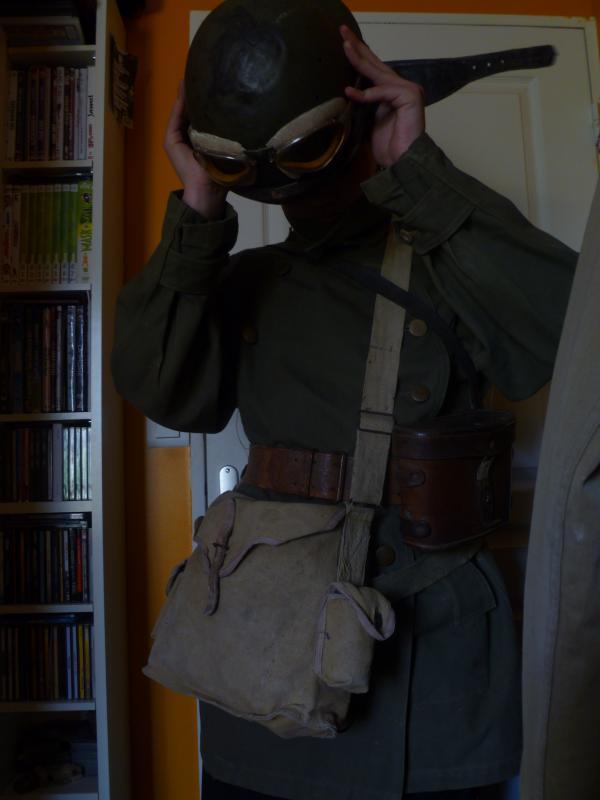 Officier Français à Monte Cassino 44 avec un pow luftwaffe - Page 2 978090P1010084