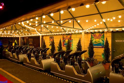 Rockin Roller Coaster starring Aerosmith 9897673019510082_4da5130cfe
