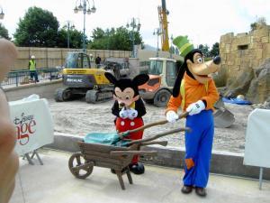earl of sandwich - [Disney Village] Construction d'un restaurant Earl of Sandwich - Page 8 Mini_317381PICT3696