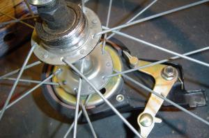 Des roues de trike pas cher et solides pour freins a disque Mini_913015DSC05237