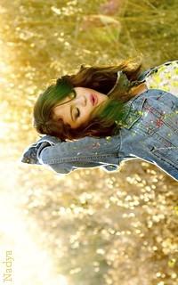 Selena Gomez - 200x320 112971vavaethna14
