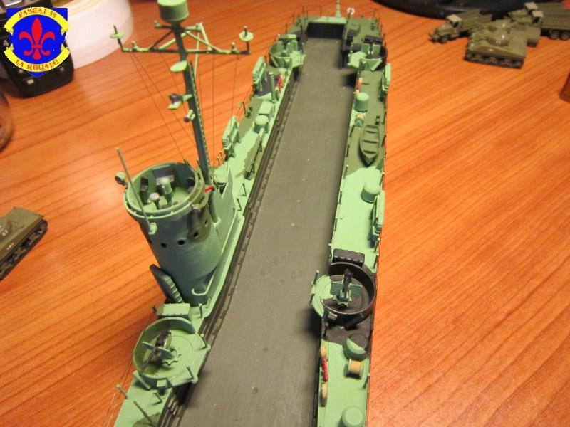 U.S. Navy Landing Ship Médium (Early) au 1/144 de Revell par Pascal 94 - Page 14 119442IMG44061