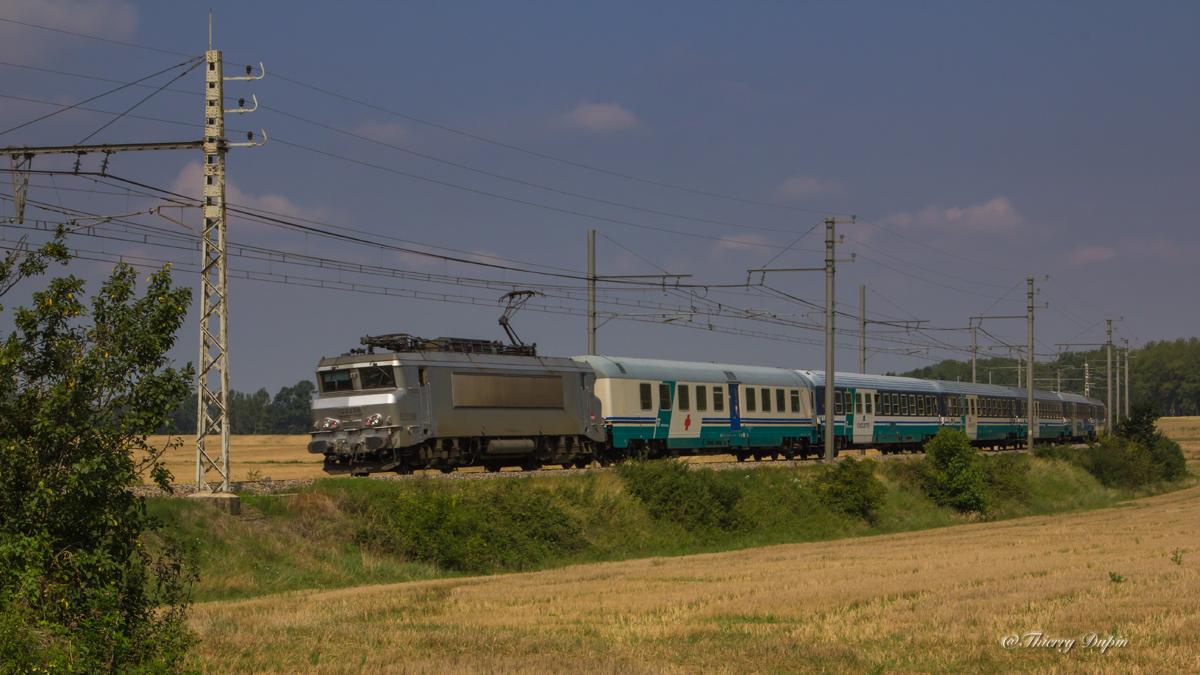 Photos et vidéos des trains de pèlerins sur la ligne Bordeaux-Toulouse-Sète 12131520140727BB522238Plerin29008LourdesPotenzaVillefrancheL