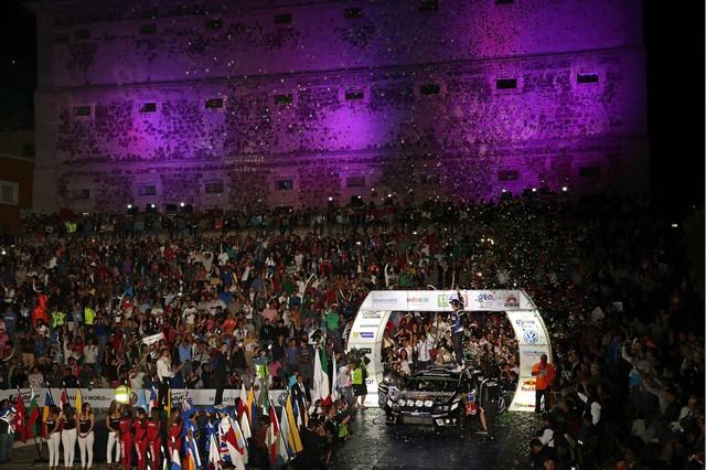 Volkswagen acclamé dans la grande fête du rallye à Guanajuato 122025thd012016wrc03bk11587