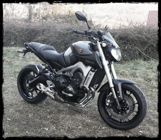 Photos de toutes les Yamaha MT-09 du forum ! :) 123682YLeystate